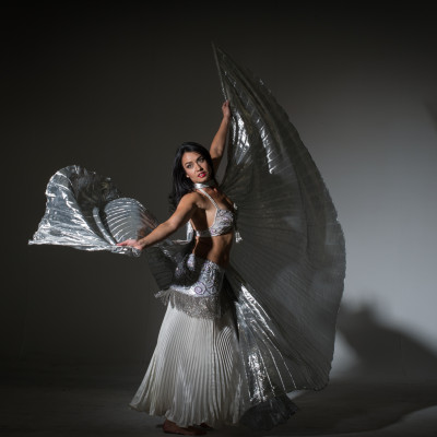 Elisa Jade, belly dancer, with Isis Wings.